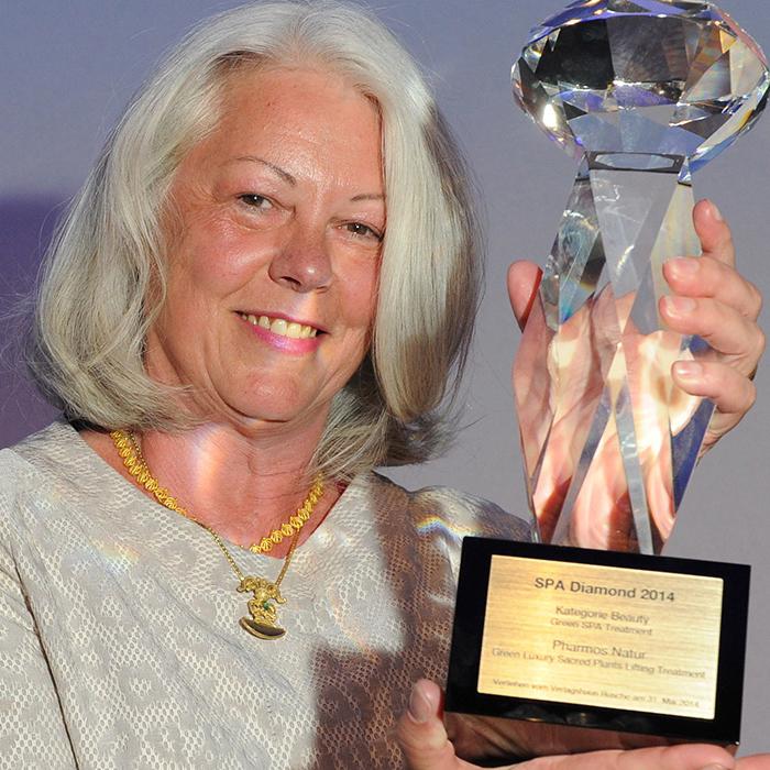 Margot Esser präsentiert den Spa Diamond Preis