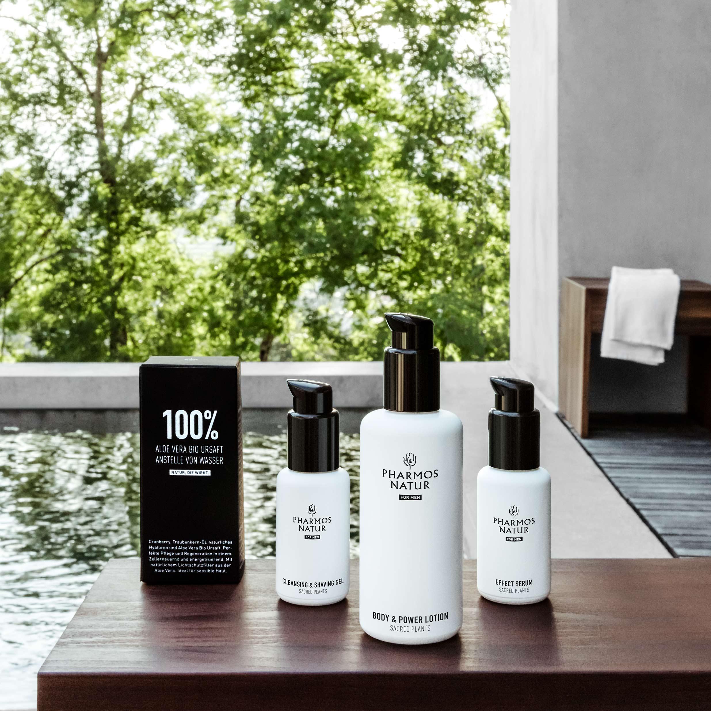 Nature of Men Produkte mit Verpackung mit Pool im Hintergrund